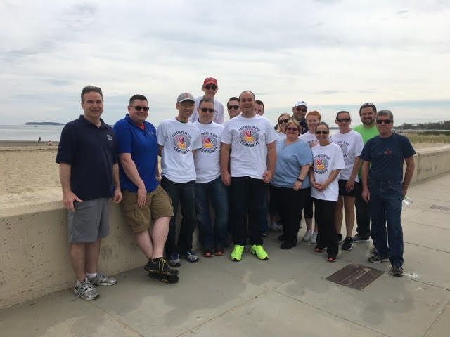 Store 20 Associates Partnered With D5 ASMs & DCT To Clean Up Wollaston Beach In Quincy!