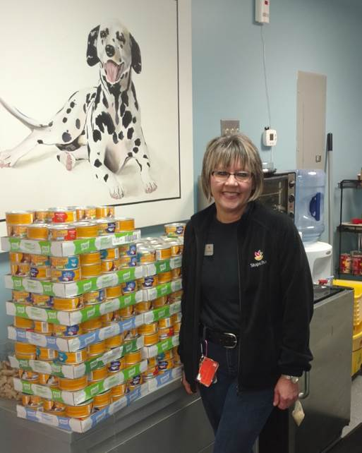 Wallingford #638 Collects More Than 1,500 Cans Of Food For Animal Shelter