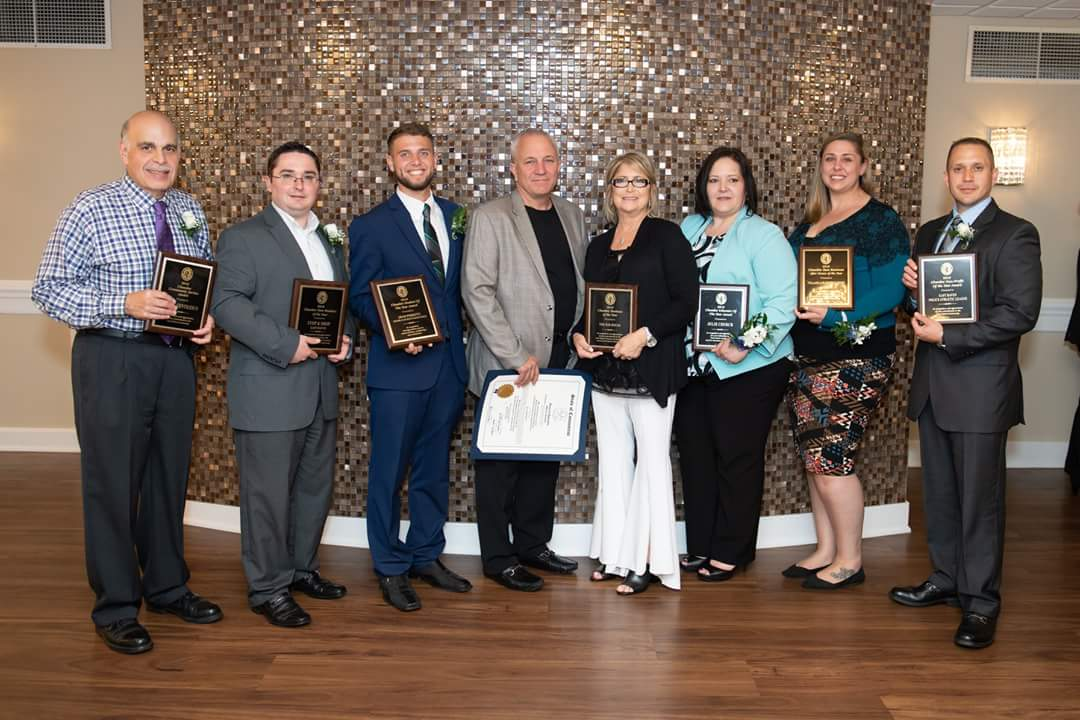 """East Haven Stop & Shop Named """"New Business Of The Year"""" By The Chamber Of Commerce"""