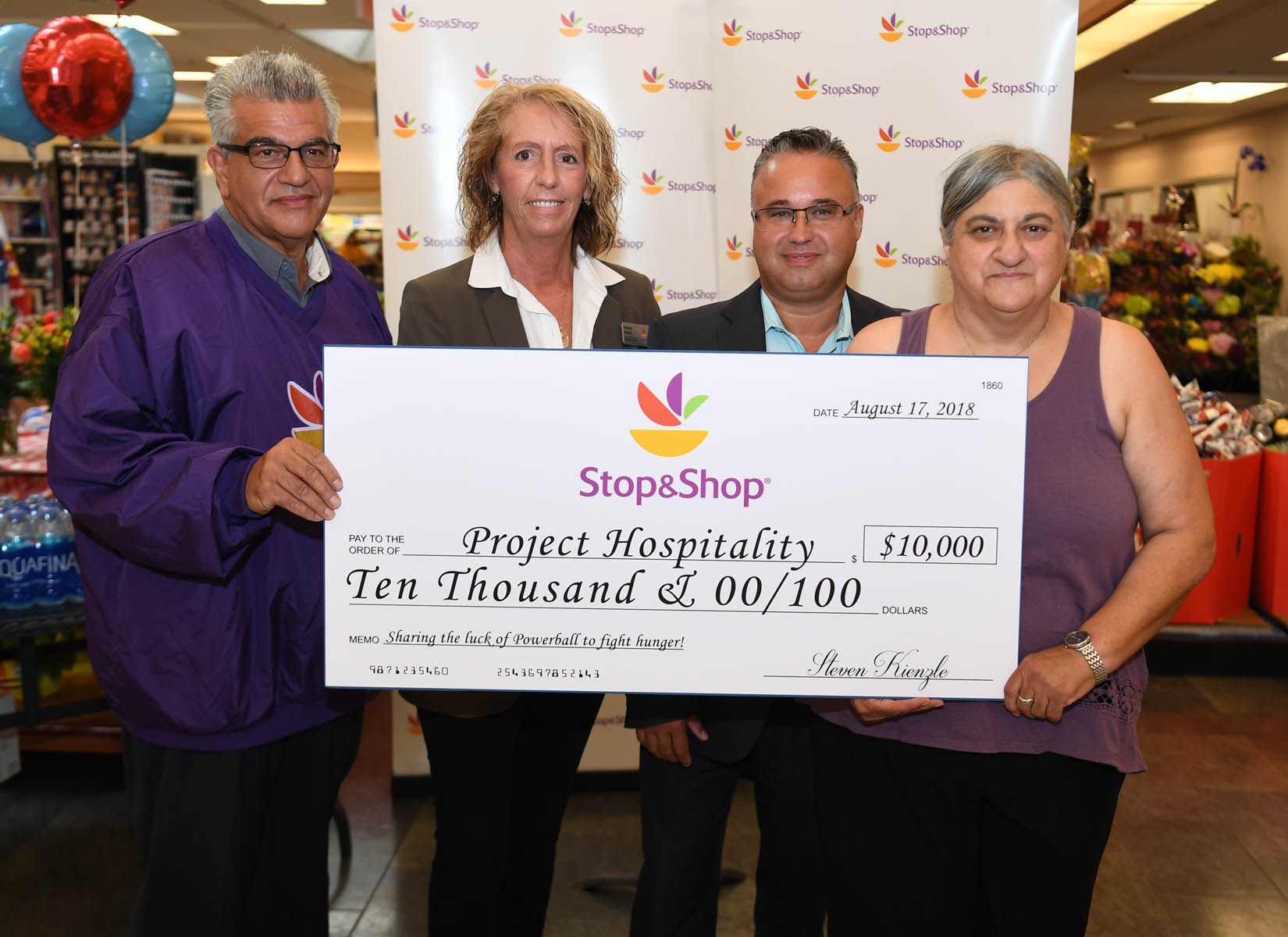 Staten Island Stop & Shop Donates Commission From Selling Winning Powerball Ticket
